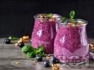 Рецепта Смути с малини, боровинки и банан